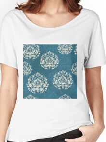 retro seamless floral pattern, vintage background Women's Relaxed Fit T-Shirt