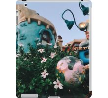 Toontown Flowers iPad Case/Skin