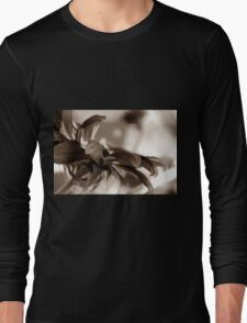 GARDEN FLOWER Long Sleeve T-Shirt