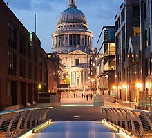 St Paul's and the Bridge by TomGreenPhotos