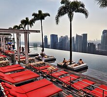 Singapore SkyPark - Swimming Pool 57th Floor by Holger Mader