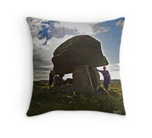 Kilclooney Dolmen, County Donegal Throw Pillow