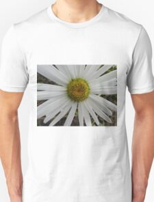 White flower macro Unisex T-Shirt