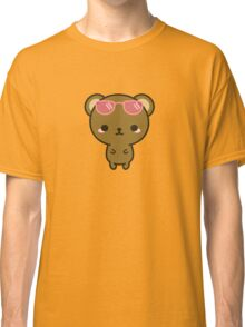 Cute bear on holiday Classic T-Shirt