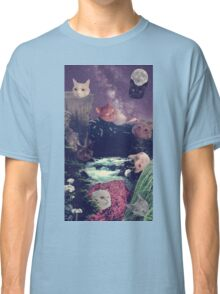 cat surprise Classic T-Shirt