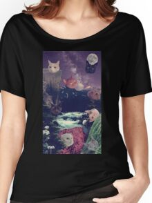 cat surprise Women's Relaxed Fit T-Shirt