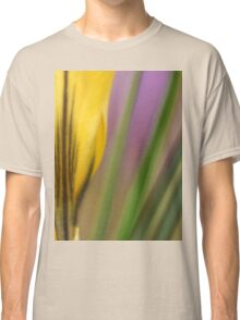 First flowers of the year in macro Classic T-Shirt