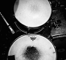 Battered Retro Drums by gavvyt