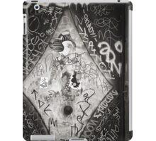 Barcelona Mikado BW iPad Case/Skin