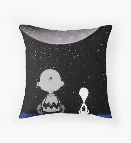 snoopy staring at the moon Throw Pillow