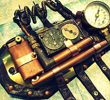 Steampunk Gauntlet 2.0 by PiscesAngel17
