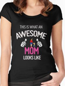 Awesome Mom with kid Women's Fitted Scoop T-Shirt