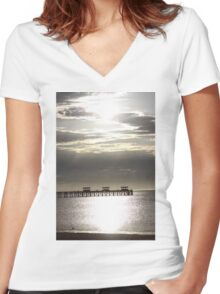 Smoky Bay Sunset Women's Fitted V-Neck T-Shirt