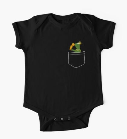 Pocket Frog Kissing Throphy One Piece - Short Sleeve