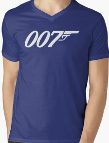 007 James Bond Sticker Vinyl Decal Gun Wall Car 12 Mens V-Neck T-Shirt