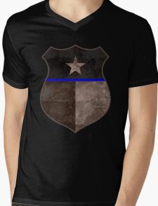Thin Blue Line Texas Flag Police Badge Mens V-Neck T-Shirt