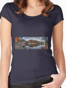 Ormiston Gorge Women's Fitted Scoop T-Shirt
