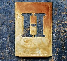 Letter H by Ricard Vaqué