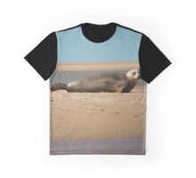 Thoughtful Seal Graphic T-Shirt