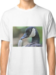 The extra feather Classic T-Shirt