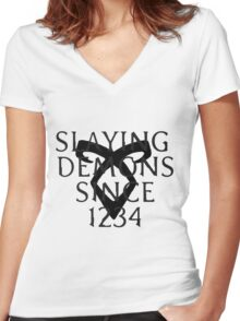 slaying demons Women's Fitted V-Neck T-Shirt