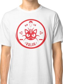-GEEK- Team Valor Meowth Classic T-Shirt