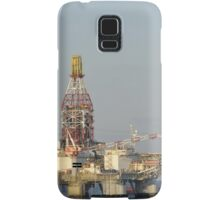 Off Shore Oil Rig with Helicopter and Boat Samsung Galaxy Case/Skin