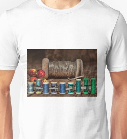 Apple Yarn Scale Thread Unisex T-Shirt