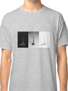Damselfly drama Classic T-Shirt