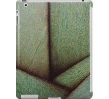 Beautiful Unique maple green wood veneer design iPad Case/Skin