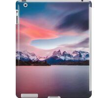 Cuernos del Paine iPad Case/Skin