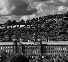 Salt's Mill Saltaire by owlpiliph