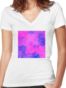 A8 Women's Fitted V-Neck T-Shirt