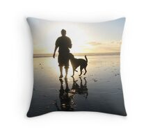 dog beach sunset Throw Pillow