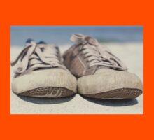 Sneakers old Kids Tee