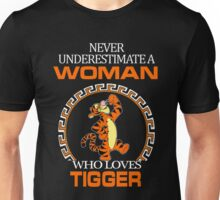 Never Underestimate A Woman Who Loves Tigger T-shirts Unisex T-Shirt