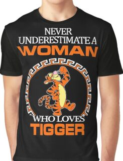 Never Underestimate A Woman Who Loves Tigger T-shirts Graphic T-Shirt