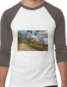 New growth tree and the mountain Men's Baseball ¾ T-Shirt
