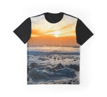 serene rocky beal beach Graphic T-Shirt
