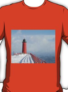 Milwaukee Lighthouse With Sea Smoke T-Shirt
