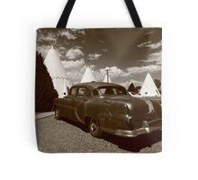 Route 66 - Wigwam Motel and Classic Car Tote Bag
