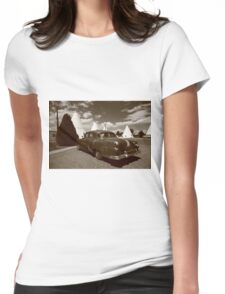 Route 66 - Wigwam Motel and Classic Car Womens Fitted T-Shirt