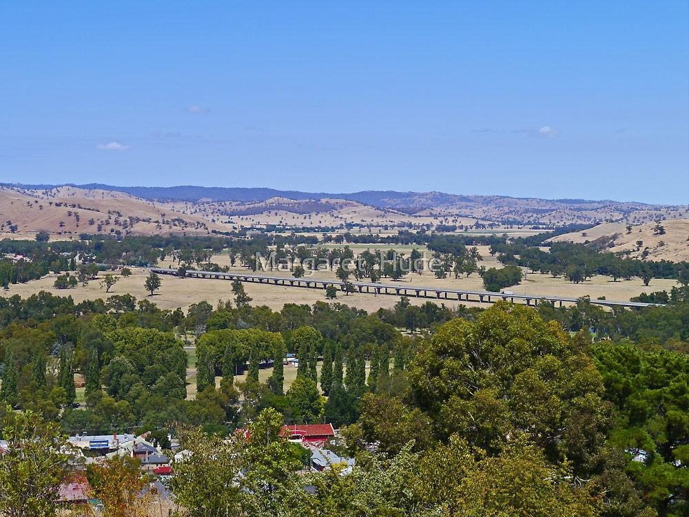 Sheahan Bridge near Gundagai, New South Wales, Australia by Margaret  Hyde