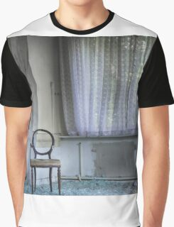 lost window Graphic T-Shirt
