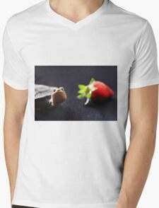 what you lookin at? T-Shirt