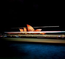 Sydney Opera House (VIVID SYDNEY 2016) by Toni McPherson