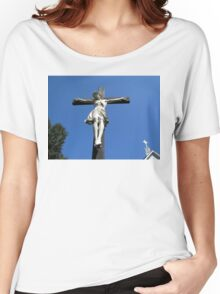 Statue of Jesus On The Cross Women's Relaxed Fit T-Shirt
