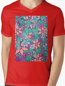 Vintage Trendy Floral Pattern Mens V-Neck T-Shirt