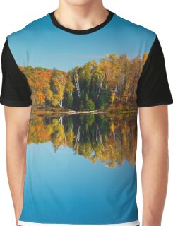 Autumn forest reflecting in still water art photo print Graphic T-Shirt