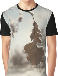 Frozen oak leaf abstract nature detail art photo print Graphic T-Shirt